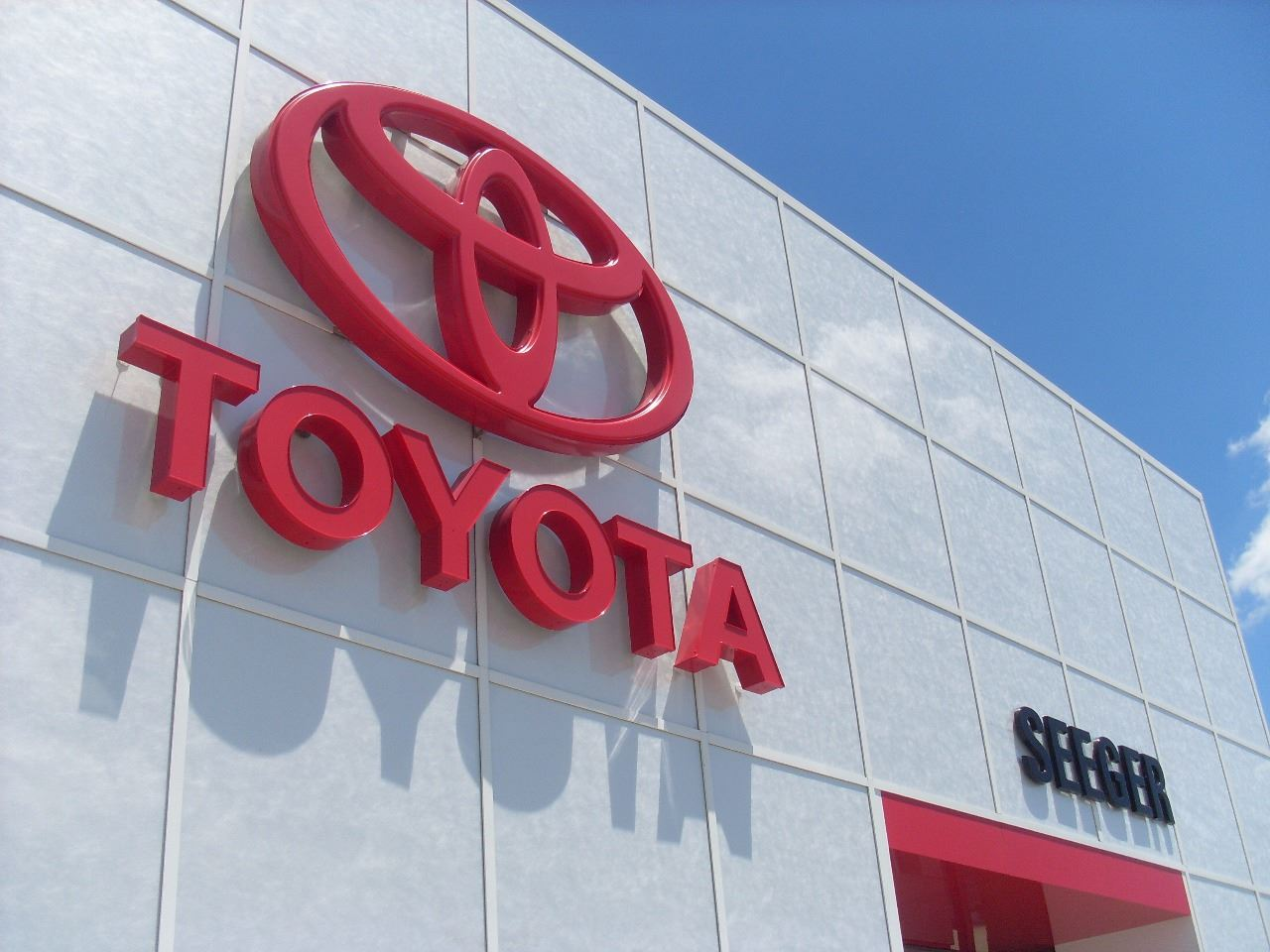 SEEGER TOYOTA OF ST ROBERT
