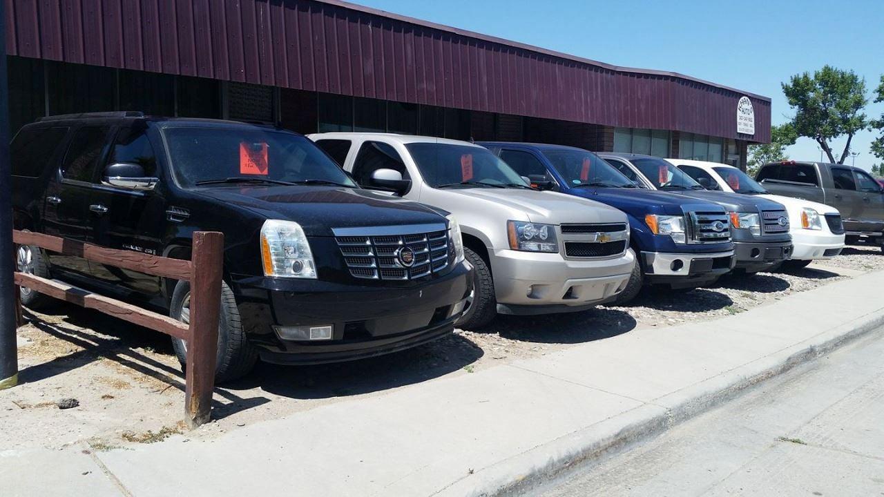 KHAN'S AUTO LLC