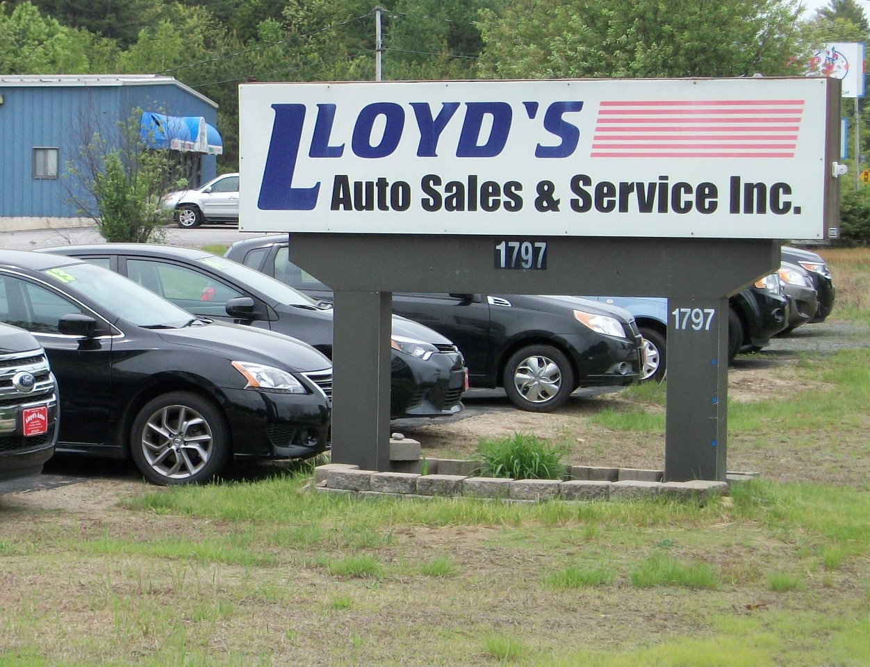 Lloyds Auto Sales & SVC