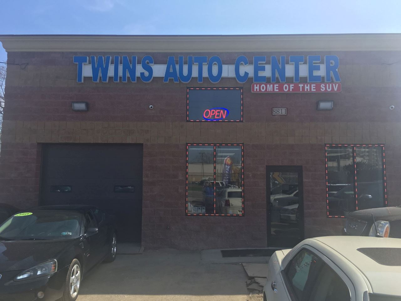 Twin's Auto Center Inc.