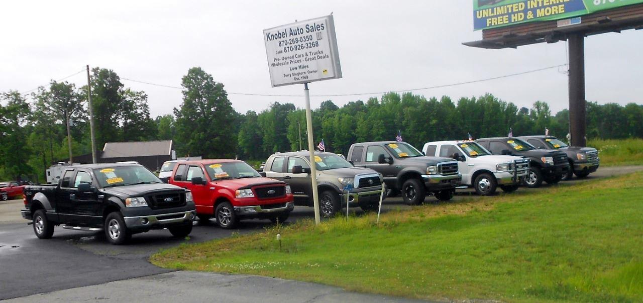 KNOBEL AUTO SALES, LLC