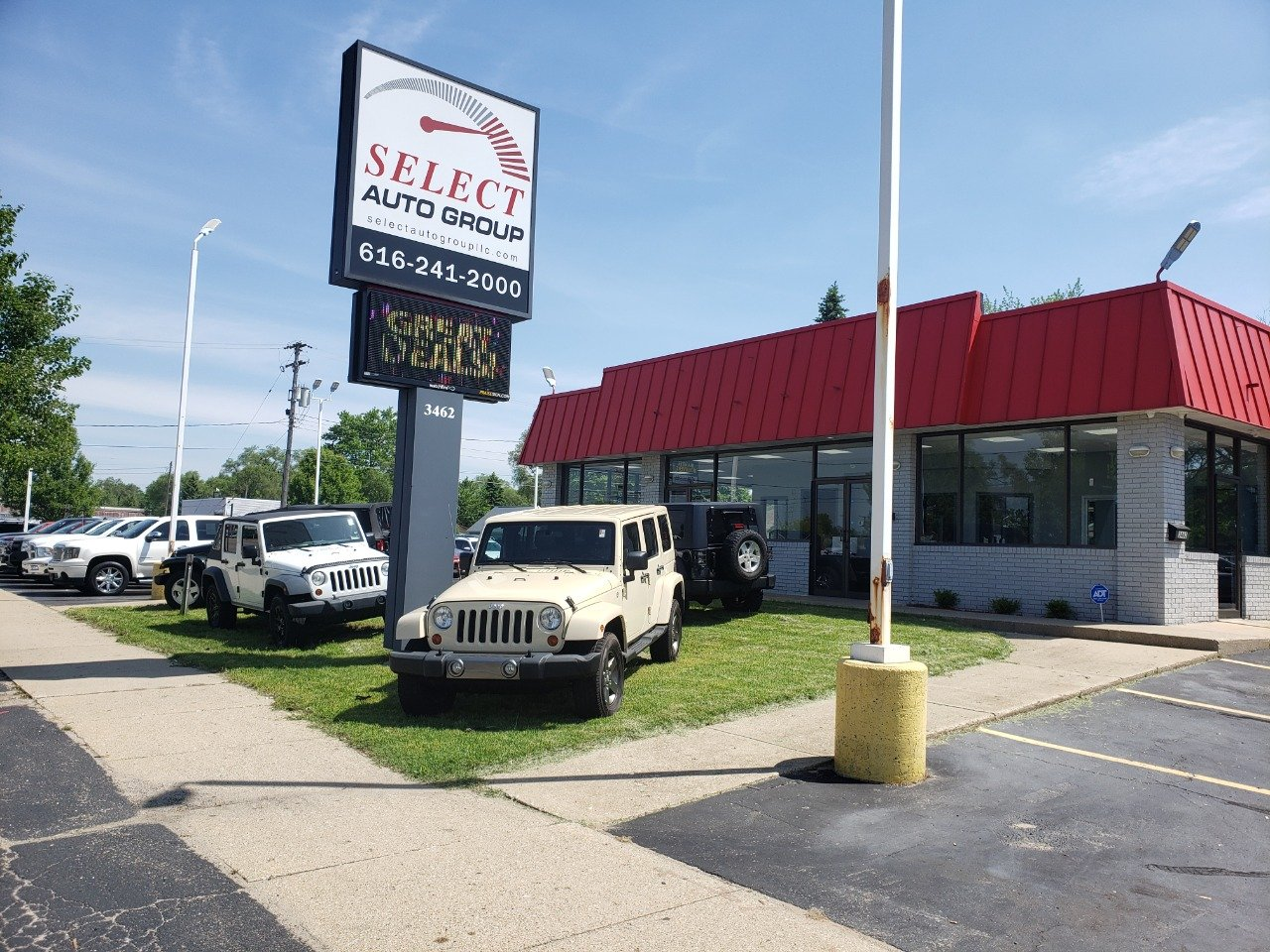 Select Auto Group
